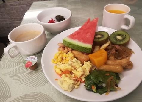 1 朝食バイキング