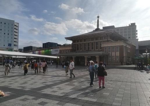 6 JRの奈良駅前