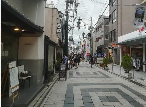 1 近鉄奈良駅よりやすらぎの道
