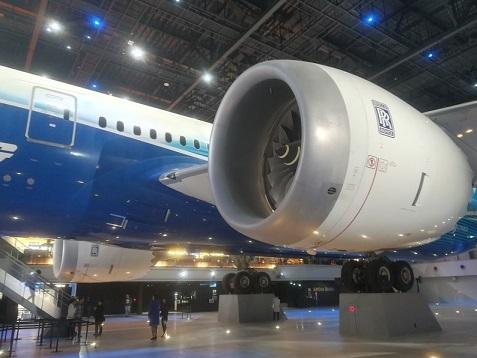 9 ボーイング787ドリームライナー 1号機 エンジン