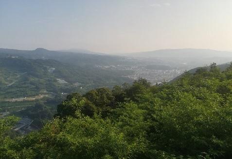 11 信貴山 生駒山方面