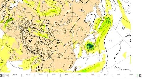 9 来週木曜日の台風位置 ヨーロッパ