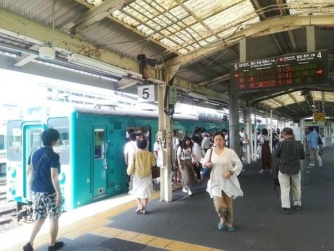 1 JR王寺駅から和歌山行きの電車に乗車
