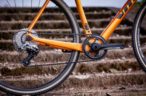 Vitus-Energie-CR-Cyclocross-Bike-Rival-2020-Cyclocross-Bikes-Fire-Chameleon-aBlack-2020-22 (1)