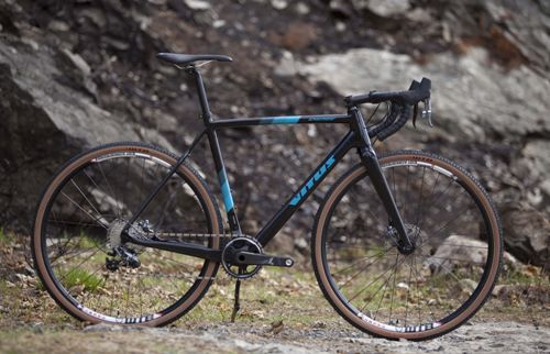 Vitus-Energie-CRX-Cyclocross-Bike-Force-1x11-2019-Cyclocross-Bikes-Black-Turquoise-2019-4.jpg