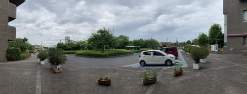 埼玉県県民活動総合センター玄関でパノラマ撮影