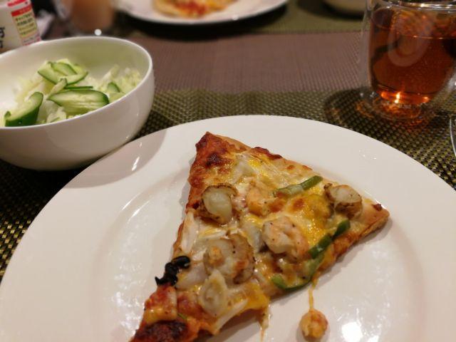コストコ シーフードピザ
