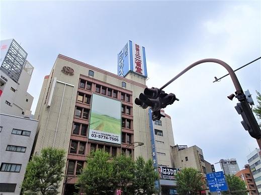 1_三省堂外観
