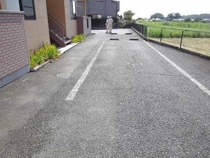 施工前フルール駐車場B101