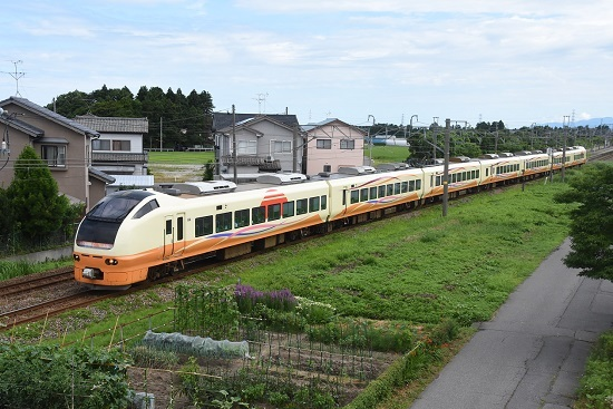 2004M E653系「いなほ4号」