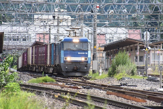 東線貨物2083レ EH200-16号機 塩尻駅3番線通過