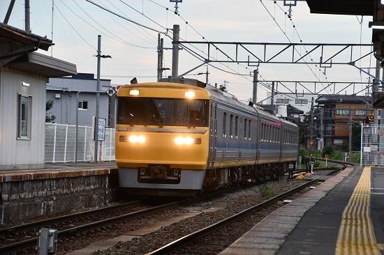 試9758D キヤ95 DR1編成 伊那松島駅に到着