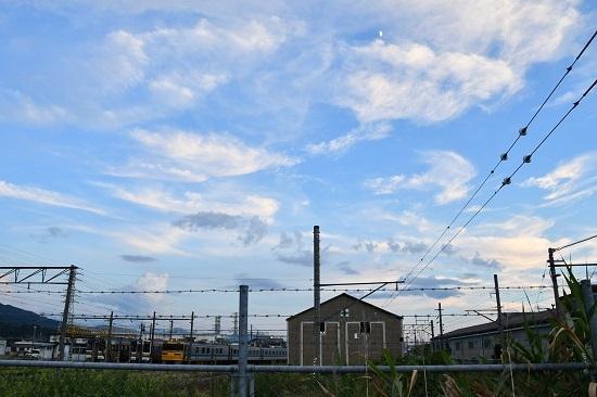 伊那松島運輸区にてキヤ95とお月様