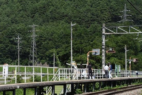 2019年8月25日 辰野線 信濃川島駅をきれいに塗ろう イベント