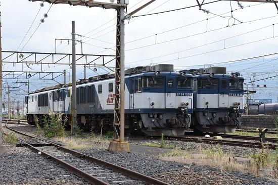 RF64-1009号機と1046号機(広島更新色)の並び