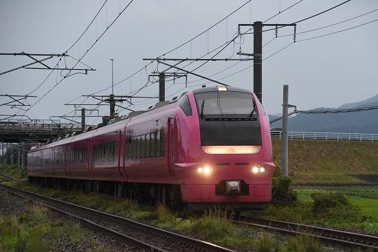 2012M E653系 U107編成 ハマナス色「いなほ12号」
