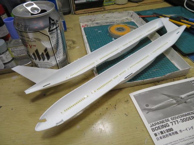 政府専用機 B777-300ER の1