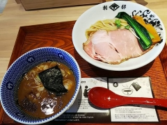 【新店】別邸 たけ井 なんばラーメン一座店-10