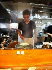 【新店】煮干しだし醤油ラーメン 桂-7