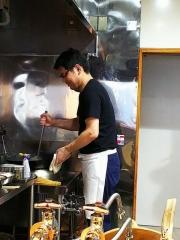 【新店】煮干しだし醤油ラーメン 桂-16