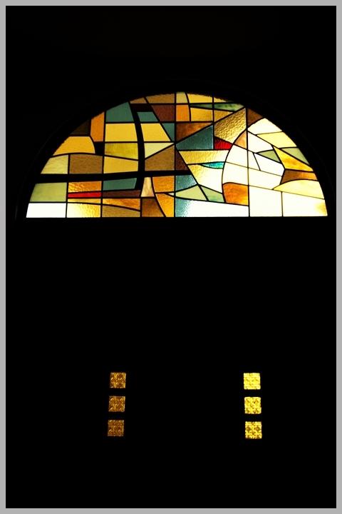 480DSC_2989教会のステンドグラス