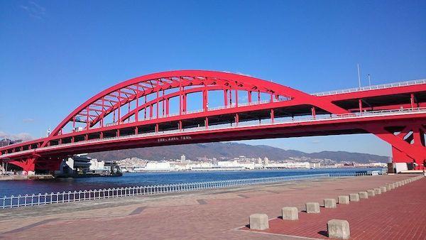 Kobe_Bridge_west.jpg