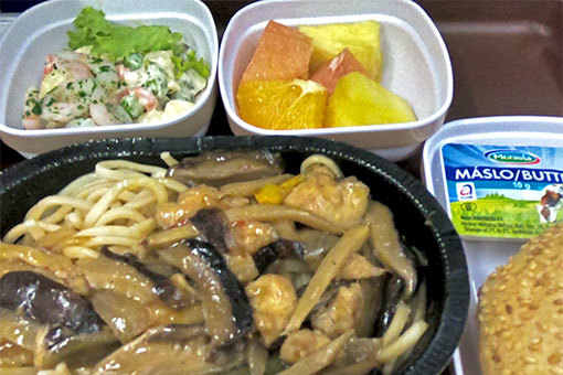 中国東方航空機内食 ゴープロ 魚眼無効 チェコバター