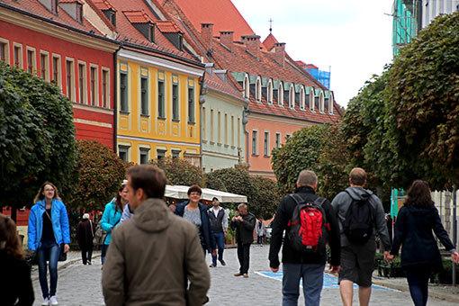 ヴロツワフ カテドラルナ通り カラフルな建物