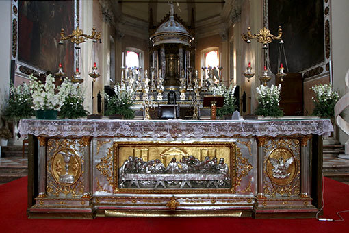 サンタ・マリア・デル・カルミネ教会 祭壇