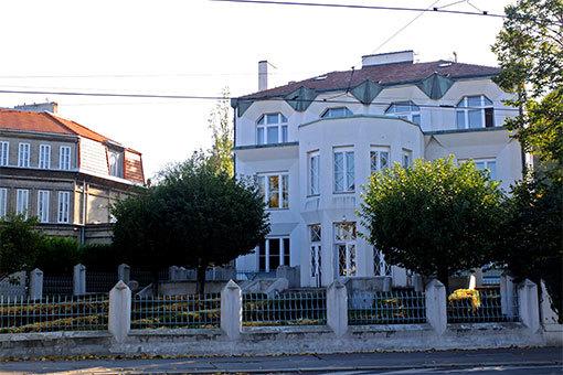 ヴィシェフラッド地区のアールデコ建築
