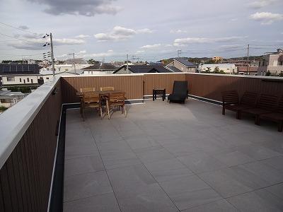 熊取町の屋上のモデルハウス02