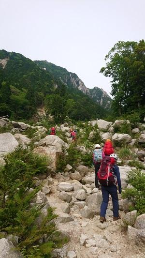 2登山口へ