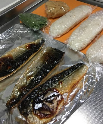 焼き鯖寿司4