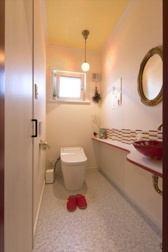 12_restroom_swedenhome_scandinavia18.jpg