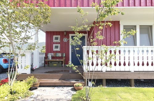 5_entrance_swedenhome_scandinavia18.jpg