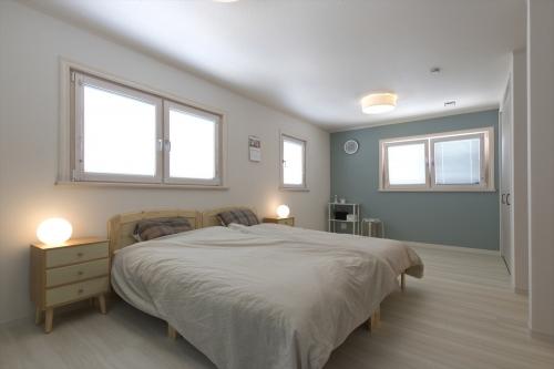 bedroom2_swedenhome_x16.jpg