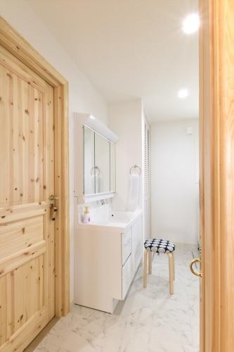 restroom2_swedenhome_x16.jpg