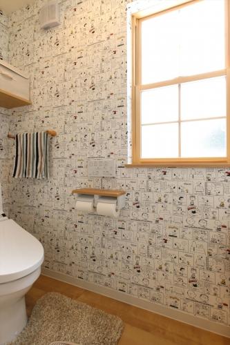 restroom_snoopy_swedenhome_hokuou6_fukuzaki.jpg