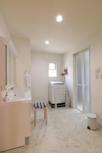 restroom_swedenhome_x16.jpg