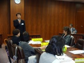 浦島会長の開会挨拶