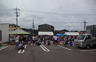 多くの人で賑わった夏祭り