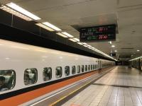 22時11分の新幹線190615