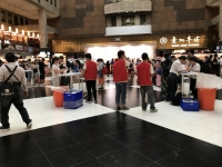 台北車站コンコースでイベント190814