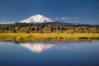 Simulating_Trout_Lake,_Klickitat_County,_Washington