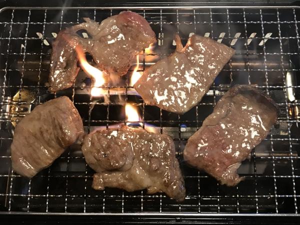90502ー飛騨牛カルビの焼肉