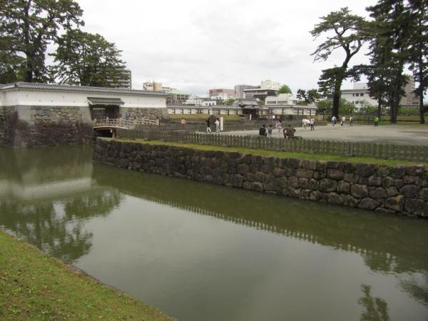 銅門と住吉堀