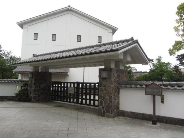 三の丸小学校(藩校集成館跡)
