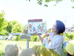 20190616本郷公園絵本ピクニック054.JPG