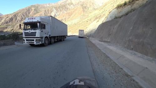 20180803_115619_E008_QalaiKhumb_Kulob_trucks.jpg