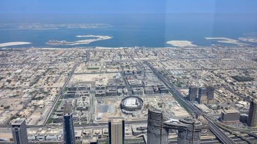 20180804_153421_AtTheTopSky_BurjKhalifa_Dubai.jpg